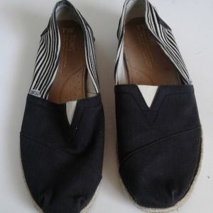 Toms Slip on Shoes Black White